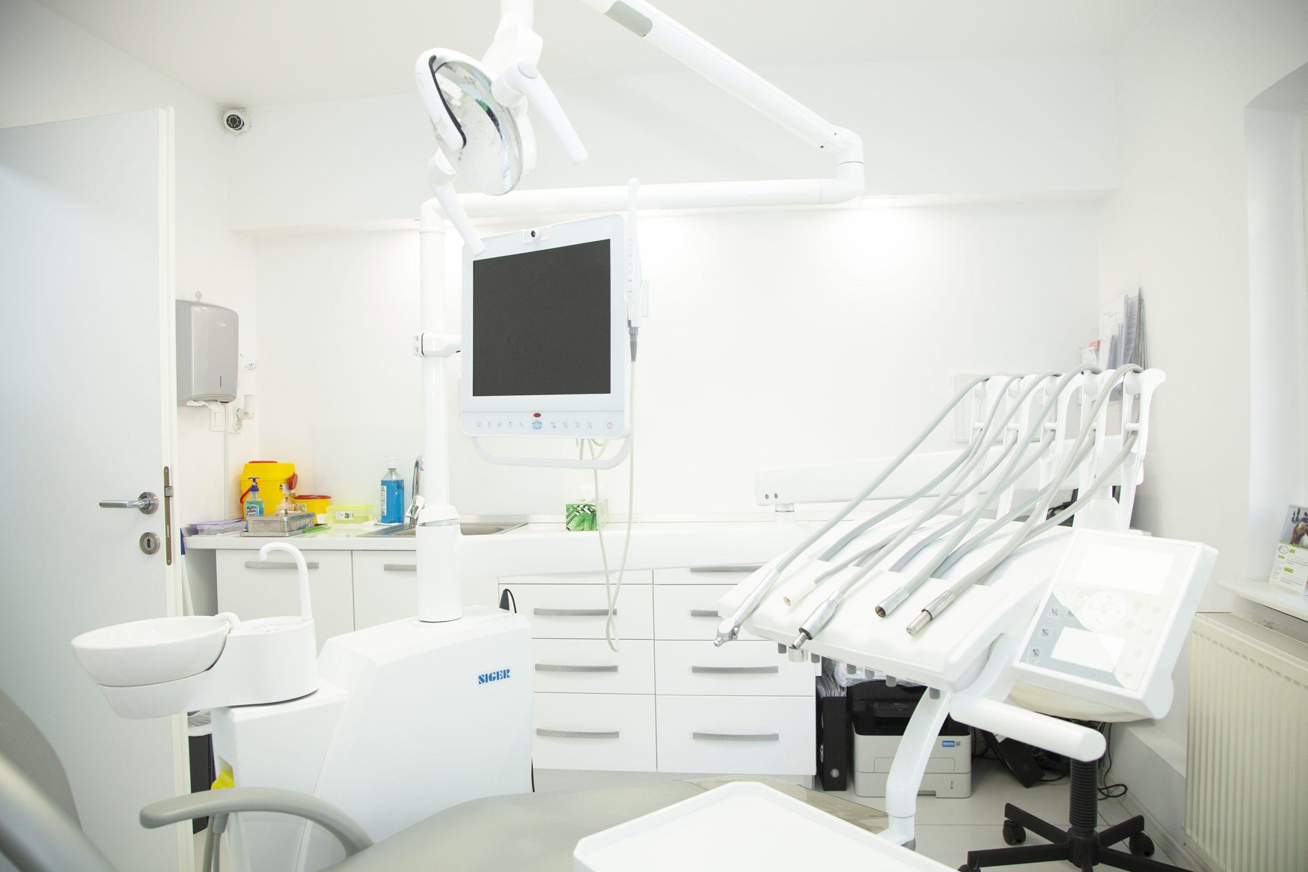 Eco Smile dentist craiova stomatologie